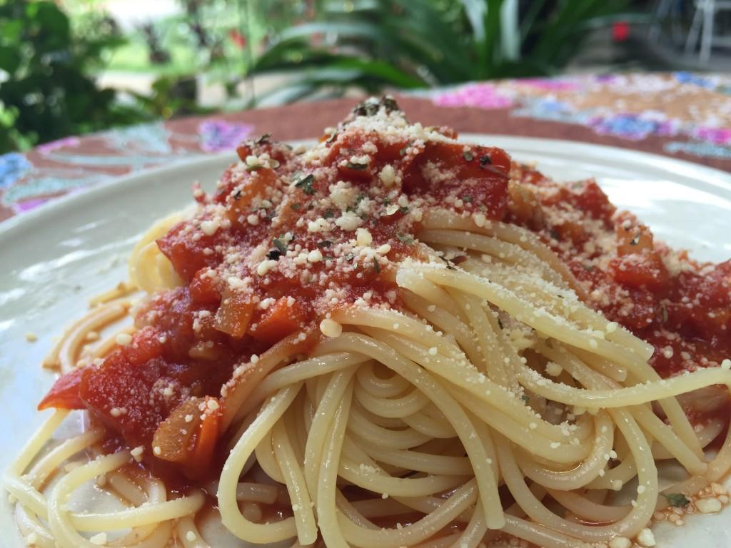 tomato vege pasta